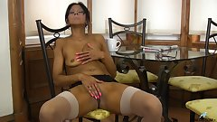 Tanned babe shows off her juicy asshole