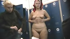 Fat amateur poses naked on the hidden cam