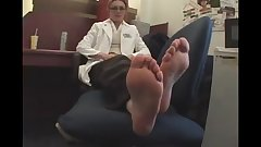 Doctor shows off her sexy soles!