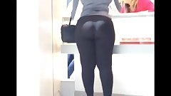 MOM TELL ME TO FOLLOW MYDREAMS!Latina Τight Αss In black spandex