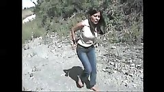 sexy señora tortura en los pies