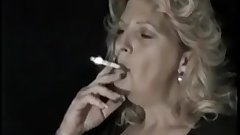 matureblonde Smoking