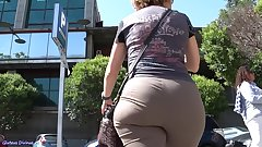 Spanish candid booty mature from GLUTEUS DIVINUS