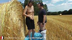LissLonglegs Scharfe Hausfrau fickt Outdoor