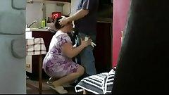 Minha mae meteu com meu marido na cozinha