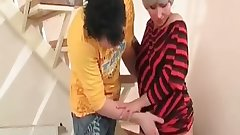 Aged nympho in pantyhose got spanked