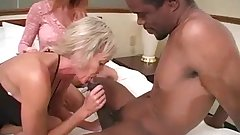 2Mature Milfs 1Mann Threesome(pt1).Kyd!
