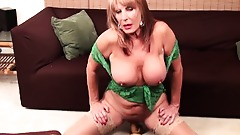 Rae Hart mature video & huge dildo vaginal masturbation