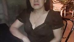 Hot Pinay Mom x